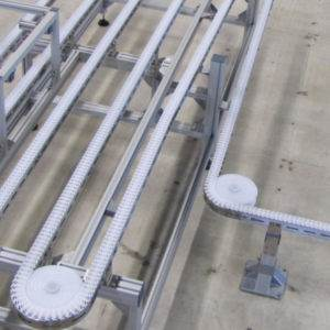 Stainless steel chain conveyor systems by modular automation