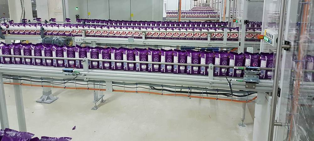 Link chain conveyor system in sugar production - reference project modular automation