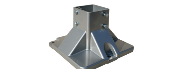 Die-cast aluminium foot for aluminium conveyors