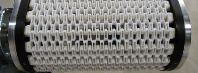 Plastic mat chain from modular automation