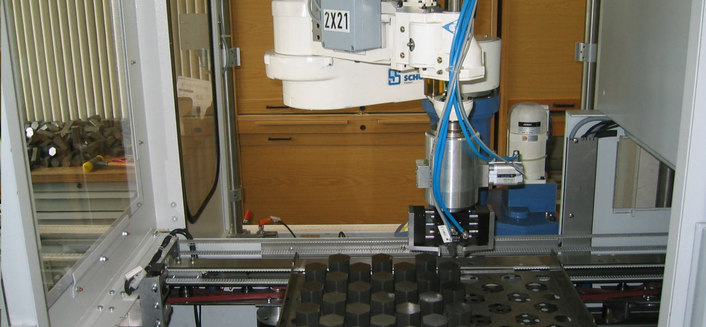 Palletizer with roboter