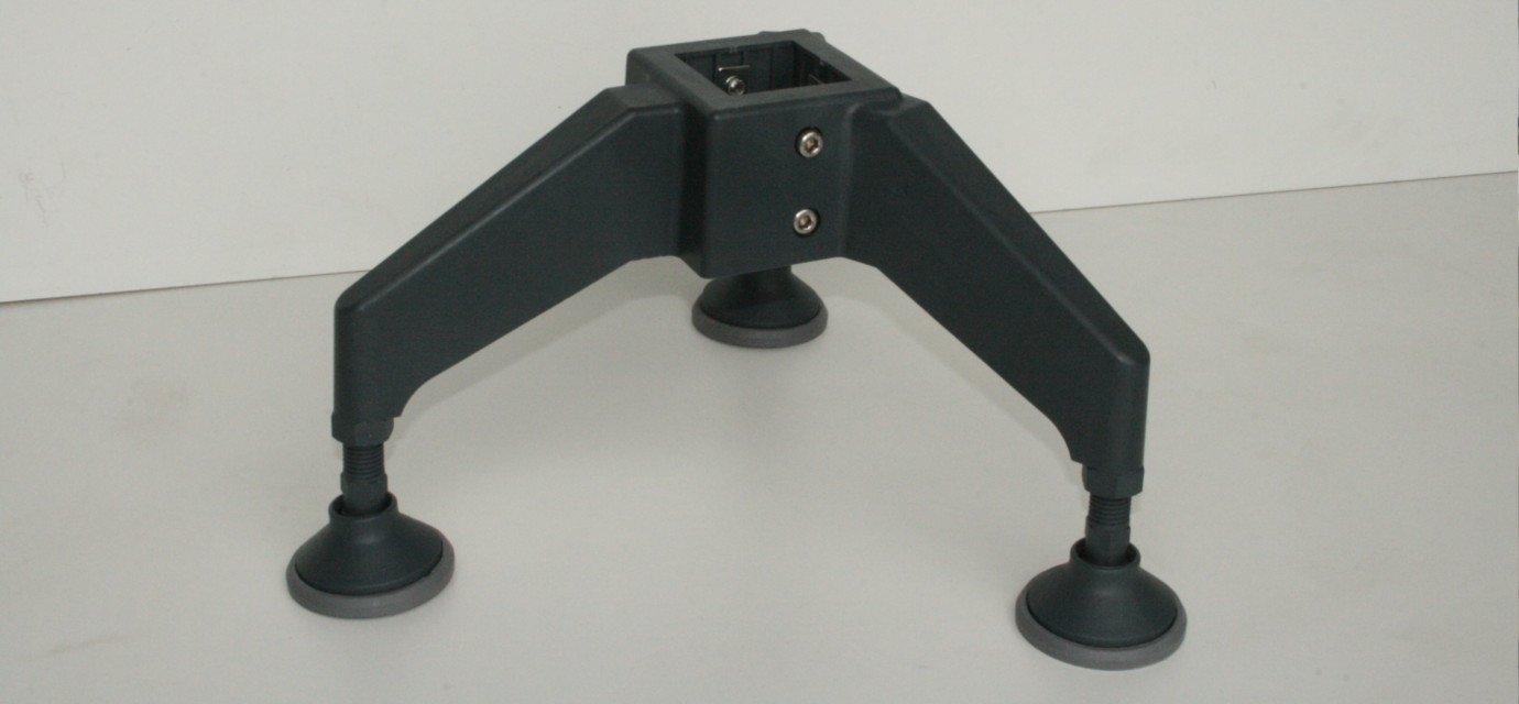 Portal supports for chain conveyor system - modular automation